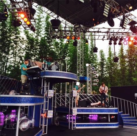 """Busch Gardens Tampa """"Kinetix"""" Stage Show"""